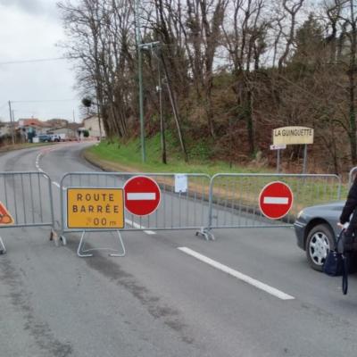 Route barrée à Pont Astier